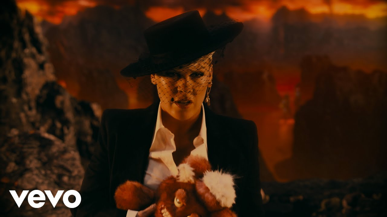 P!NK - All I Know So Far (Extended Version) HD quality image