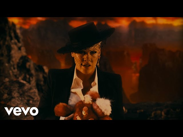 P!NK - All I Know So Far (Extended Version) HQ quality image